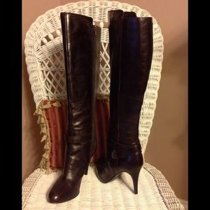NWOT Nine West knee high heeled boots.